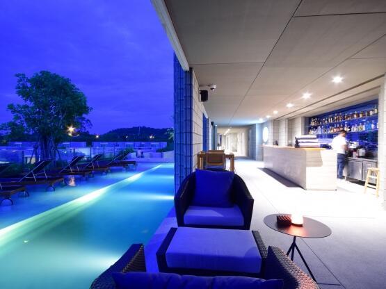 X2 Pattaya Oceanphere - Chili Blue Pool Bar