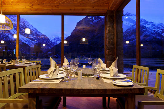 Dinner overlooking the Mountains