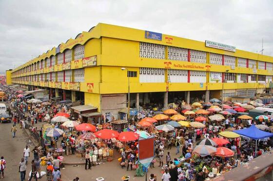 Kaneshie market-economy near Kwarleyz Residence in Accra