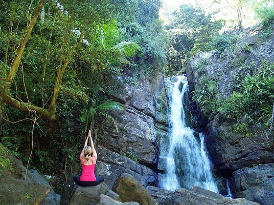 El Yuengue Yoga