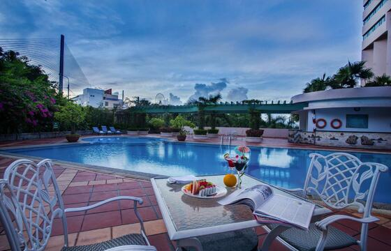 Halong Plaza Hotel - Swimming-Pool