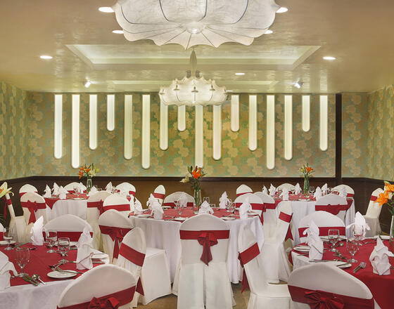 قاعة الولائم في سيتي سيزنز الحمرا في أبو ظبي