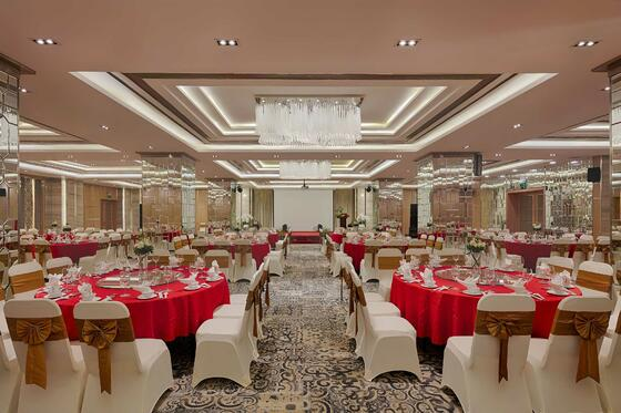 Halong Plaza Hotel_Meeting-Grand-Ballroom