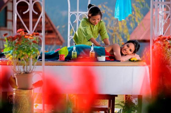 Massages at ManuAllaya Resort Spa Manali in Himachal Pradesh