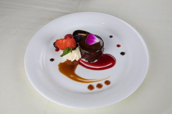 a chocolate and straberry dessert