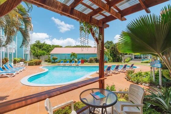 marina haven pool cabana