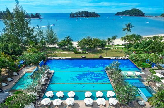 Three-tiered Infinity Swimming Pool at The Danna Langkawi