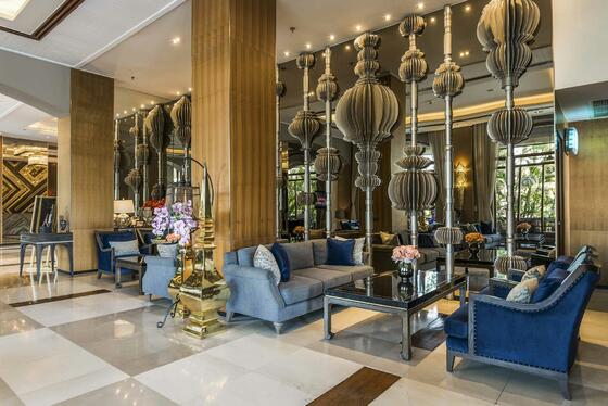 Lobby Lounge at Chatrium Hotel Royal Lake Yangon