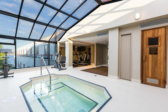roof top hot tub, waterfront views, sauna, gym