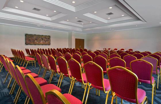 Mise en place salle pour une conférence