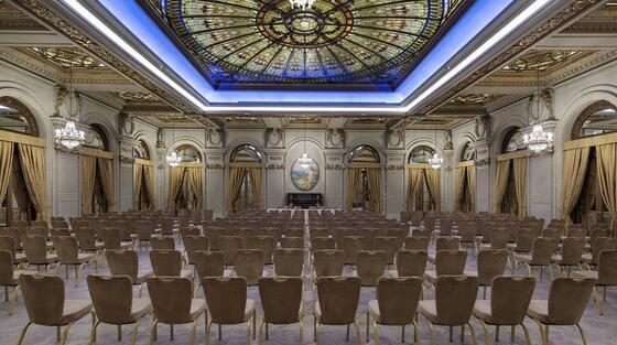 Teatru la Ana Hotels în România