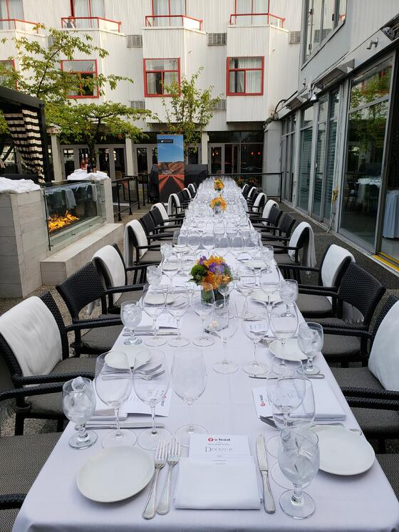 waterfront patio, special event, elegant dinner, wedding docksid
