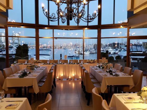wedding, waterfront twinkling lights, waterfront views, Granvill