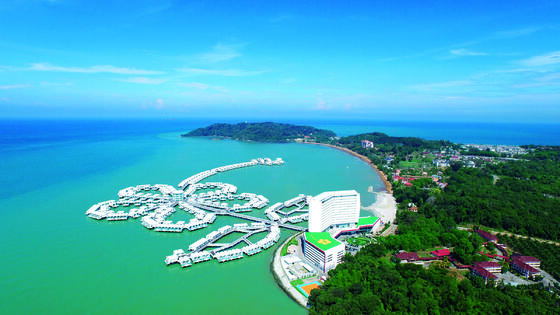 lexis hotel group iconic hibiscus water chalet malaysia