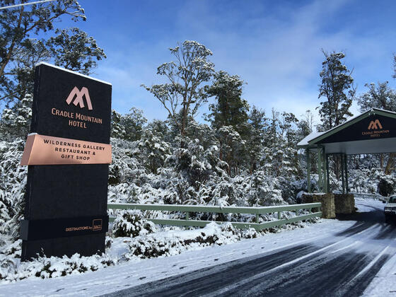 Entrance of the Cradle Mountain Hotel promisers