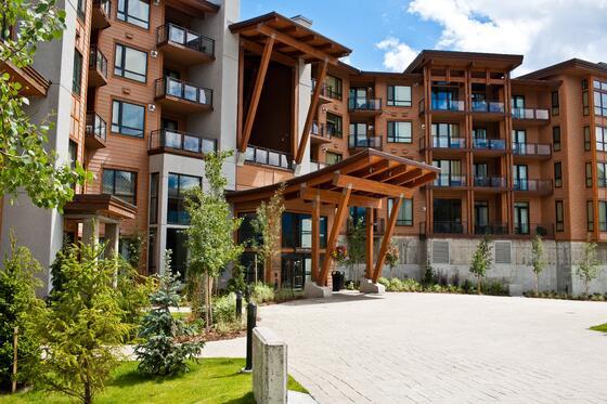 Keri Knapp - Sutton Place summer  The Sutton Place Hotels