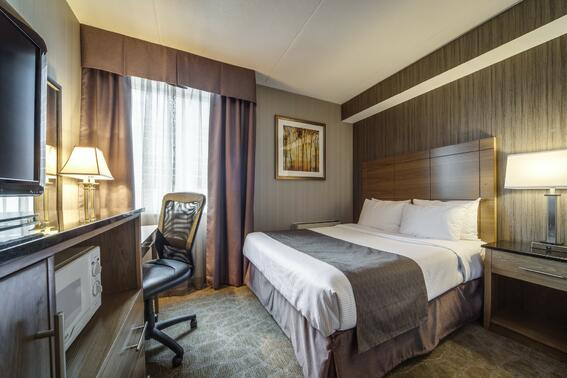 Rooms and Suites - Monte Carlo Inns - Brand Site