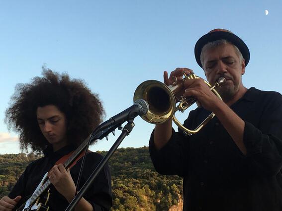 Trumped and guitar play -Grand Hotel Portovenere