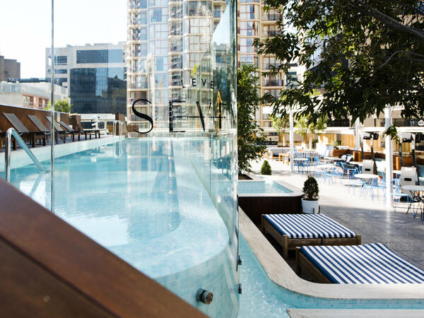 Primus Hotel Sydney Rooftop Pool