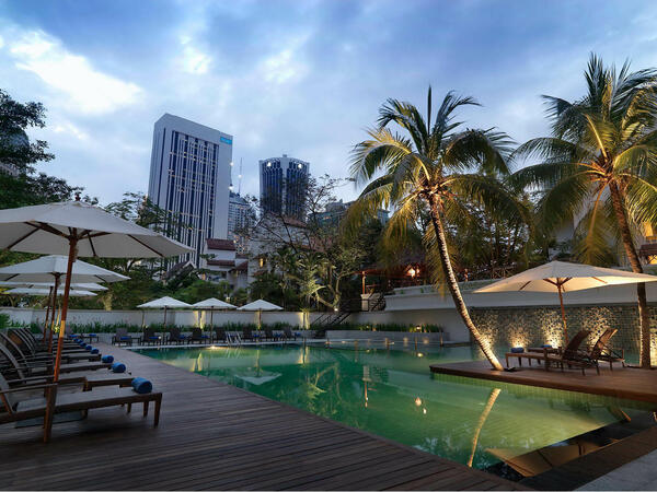 Gymnasium And Outdoor Swimming Pool   KLCC Hotels With A Pool