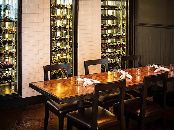 troquet wine bar