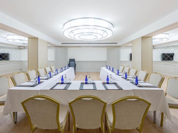 Meeting room at CVK Taksim Hotel in Istanbul