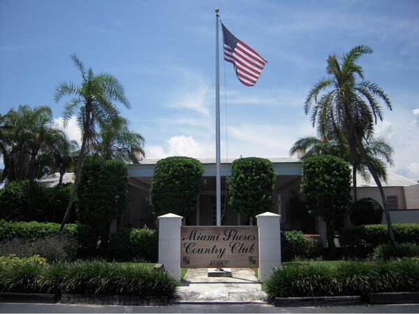Miami Shores Country Club Exterior