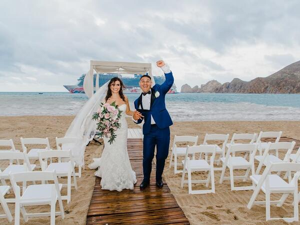 bridge and groom beach wedding