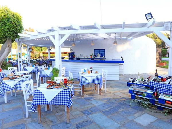 Outdoor Dining At Labranda Blue Bay Resort