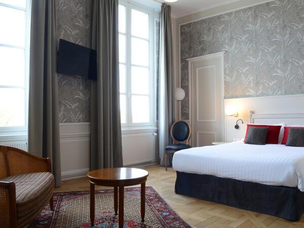 Prestige Loire Room at Hotel Anne d'Anjou in Saumur, France