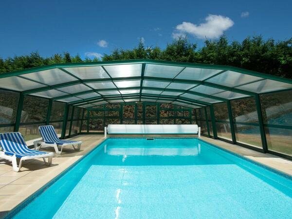 Pool at Acropole Hôtel