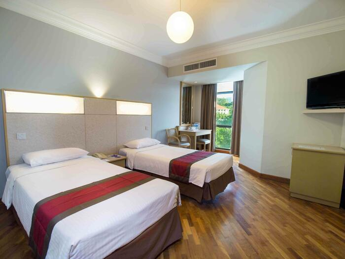 YWCA Fort Canning Lodge Deluxe Twin Room