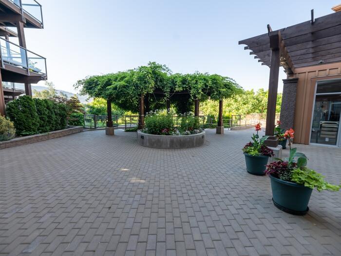 Gellatly Terrace - Gardens