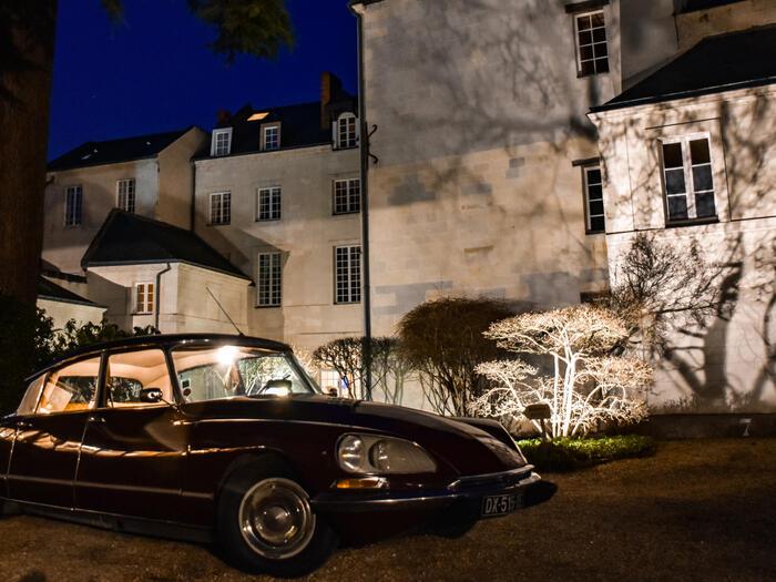Parking at Hotel Anne d'Anjou in Saumur, France