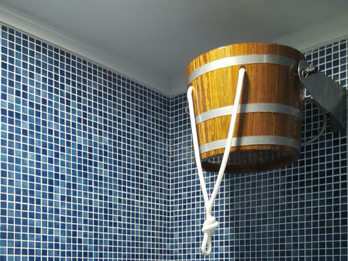 Sceau pour douche écossaise