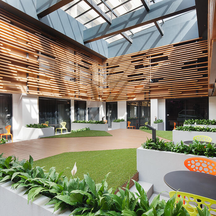 Courtyard of Jasper Hotel Melbourne