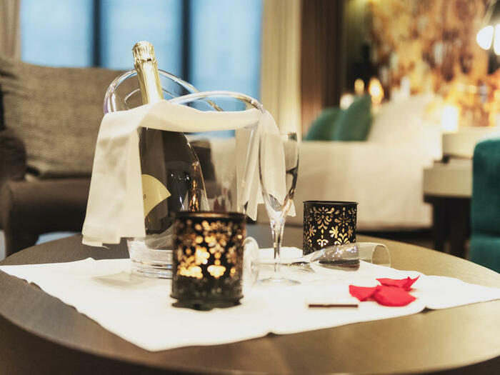 Romantic Stay at DUPARC Contemporary Suites, Torino