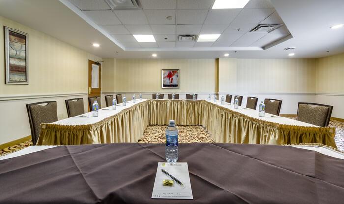 Meeting Room - Monte Carlo Inns - Downtown Markham