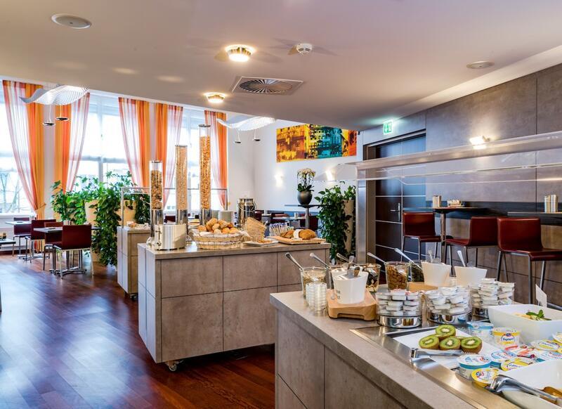 Breakfast room at Hotel Sternen Oerlikon in Zurich
