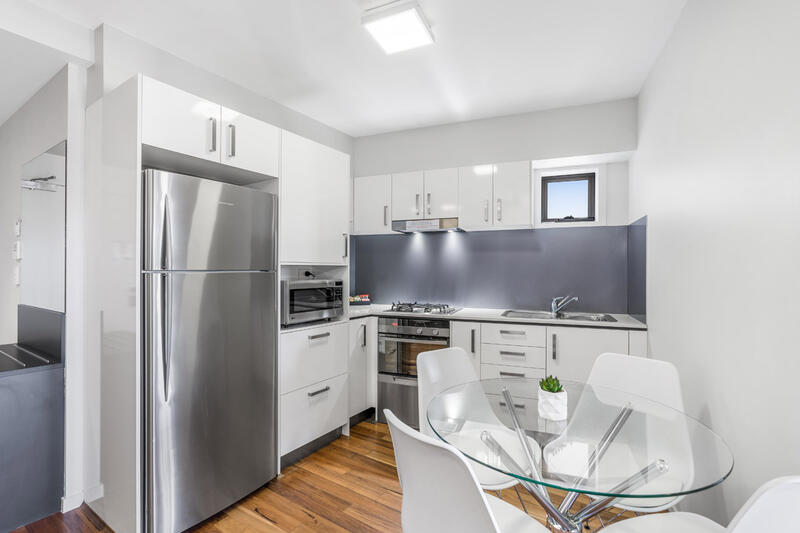 Two Bedroom Apartment - Fully Equipped Kitchen - Essence Apartme