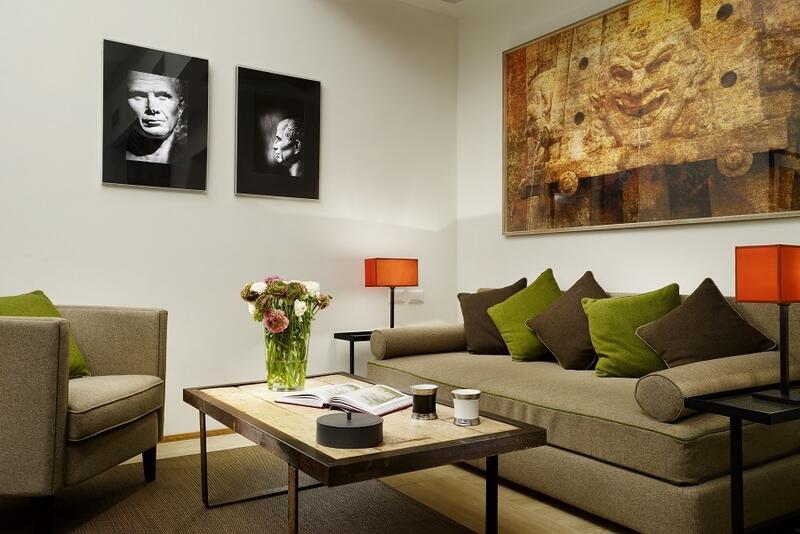 lounge luxury