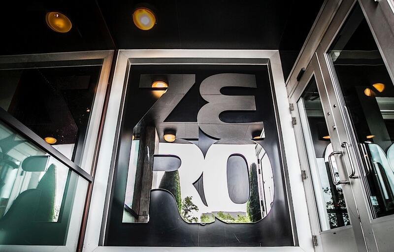 Hotel ZERO1 Signage