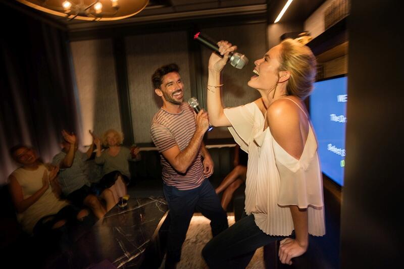 karaoke at Monkitail