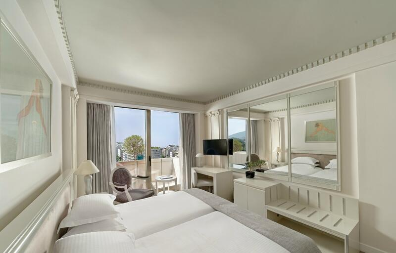 White Room View NJV Athens Plaza