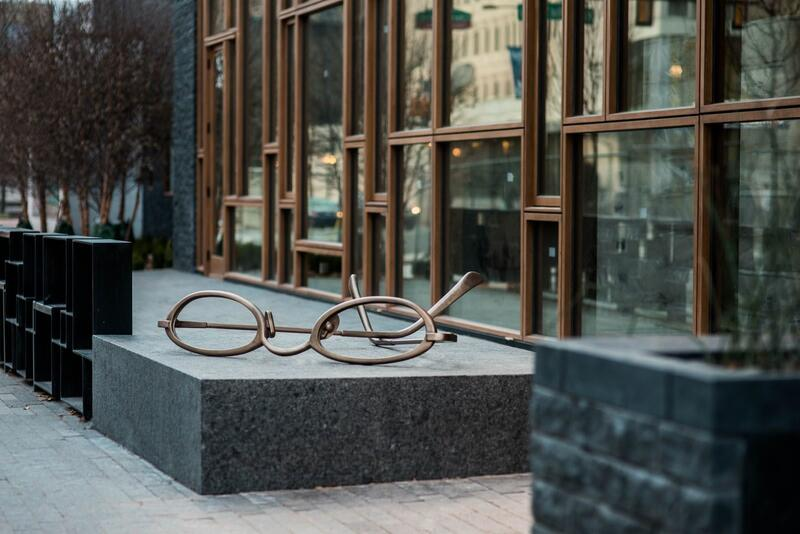 Eyeglasses sculpture outside of hotel extrance