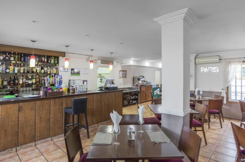 Sunset Harbour Club Restaurant Bar