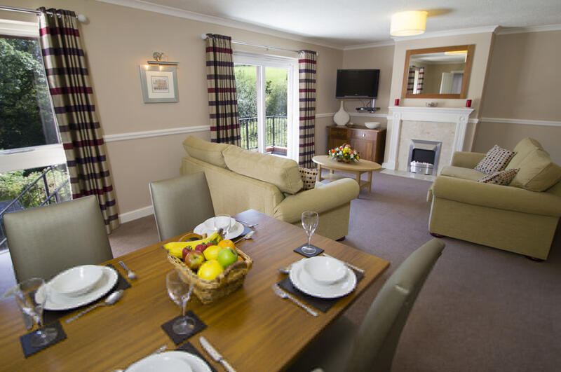 Woodford Bridge Country Club Two Bedroom Refurbished Living Room