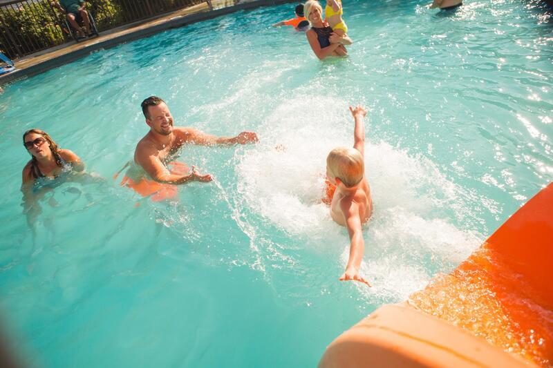 Hotel Lakeside Pool Family Swimming