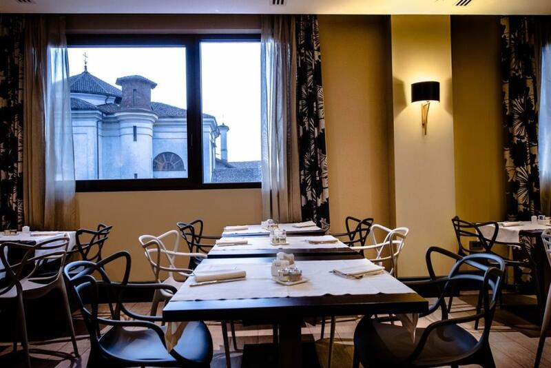 Up Restaurant at Uptown Palace in Milan