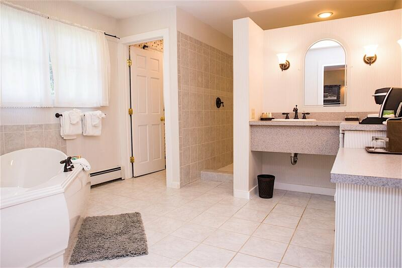 reen mountain bathroom suite